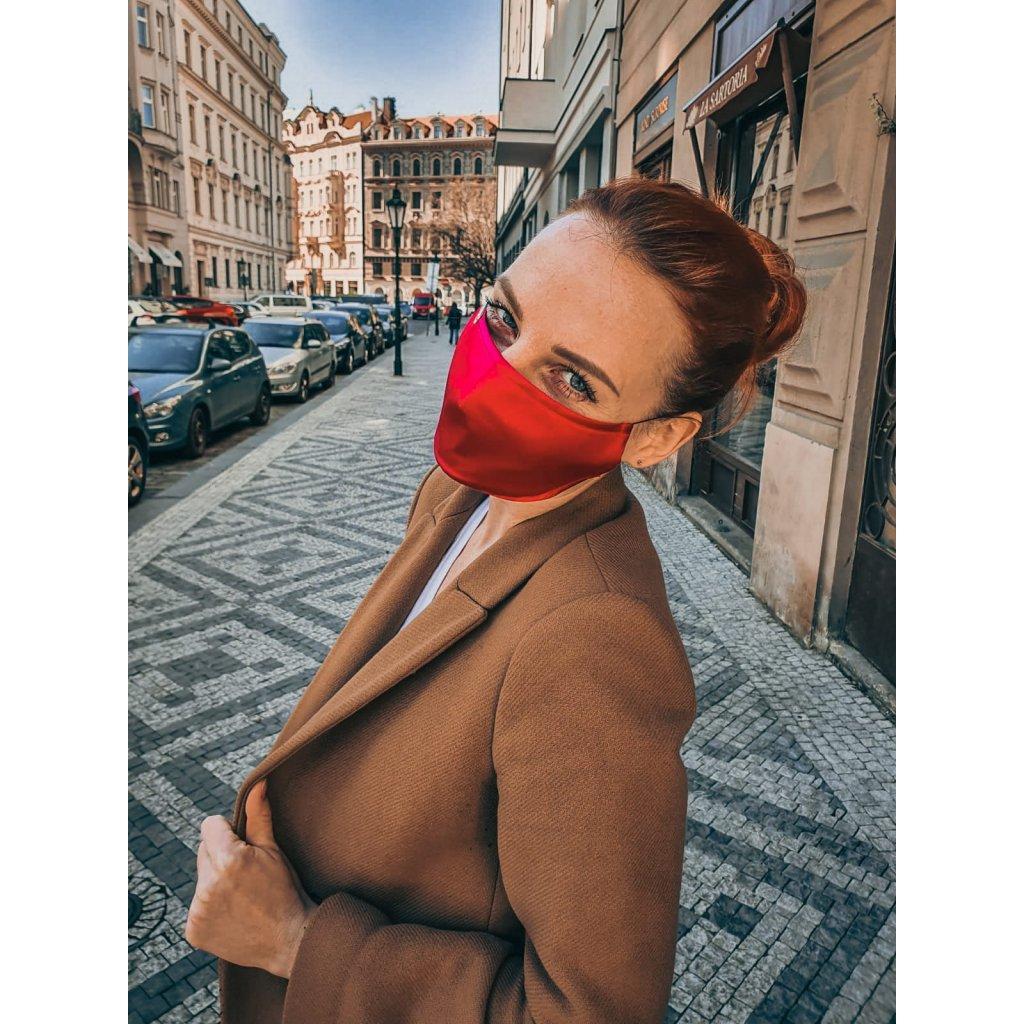 Designérská, hedvábná maska - růžová